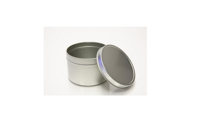 Pour wax directly into tins and place in wax melter